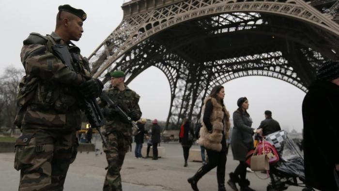 2017.07.29 antiterrorisme lutte France 2015-01-07T153500Z_1476161701_PM1EB1719Z701_RTRMADP_3_FRANCE-SHOOTING
