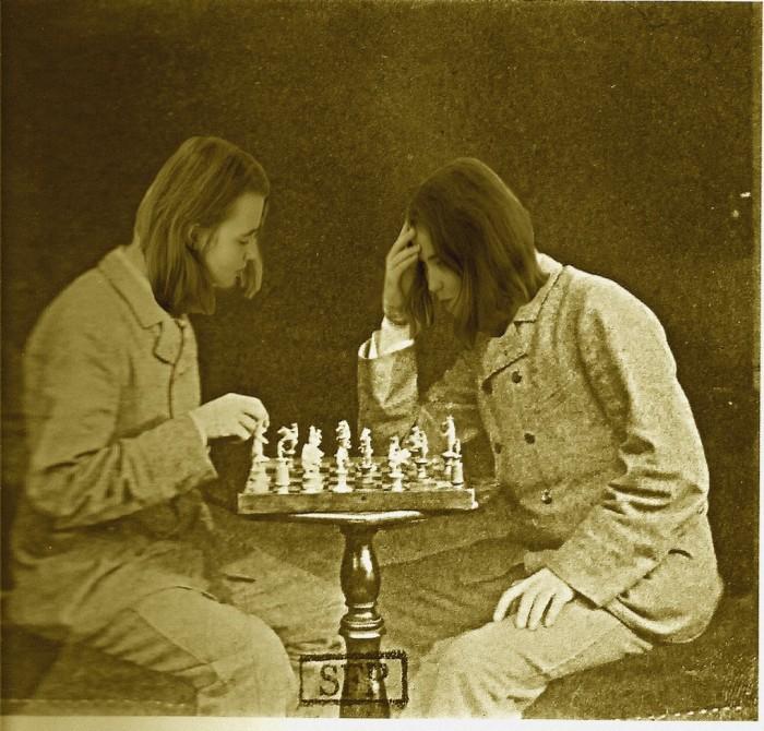 Le joueur d'échecs Léa